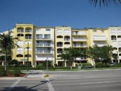 Photo for San Marco Residences #403 - 1 Bed Direct Beach Access