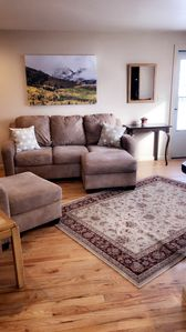 Photo for Cozy 2 bdrm only minutes  from I-70 west, Colorado's highway to the ski slopes!