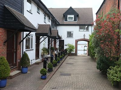 Photo for Wonderful family friendly centrally located Cowes house overlooking the Solent