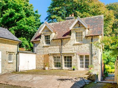 Photo for 3 bedroom Cottage in Niton Undercliff - IC099