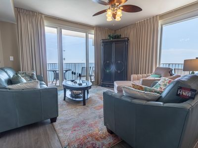 Photo for Beautifully decorated 3Br/3Ba, Sleeps 8!  Wraparound balcony! Shores of Panama 2001