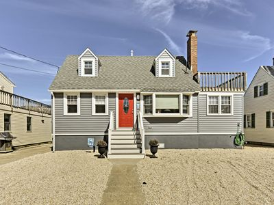 Photo for Lovely Long Beach Home w/ Deck - 1 Block to Beach!