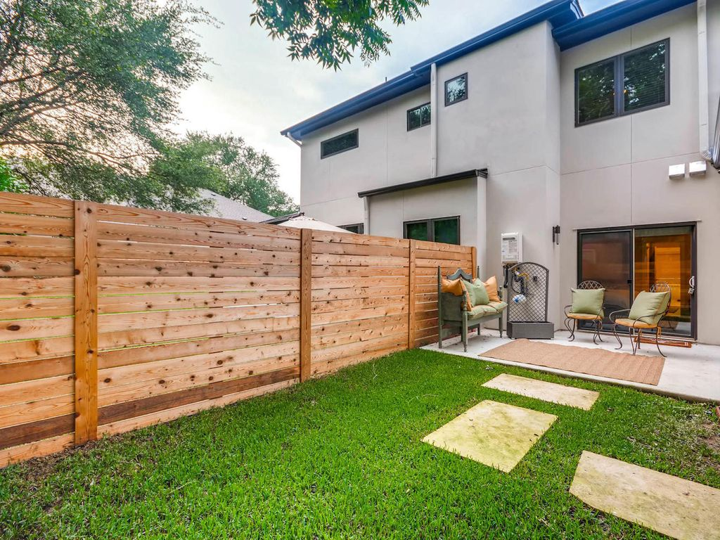 Property Image17 NEW CONSTRUCTION Modern Luxury Home In Zilker Park Monthly Rental