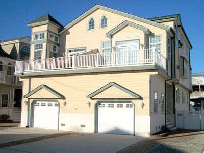 Photo for Beautiful oversized beachblock townhome, only 6 houses from the beach with ocean views.