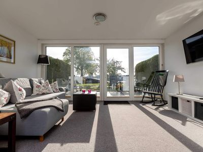 Photo for Apartment 2 70m² with terrace and lake view - Villa Blanck