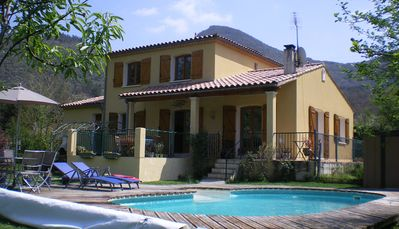 Photo for 4 Bedroom Villa with Private Pool within 5 minute walk into Quillan
