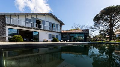 Photo for Beautiful Basque Villa with Pool & Mountain Views in Ascain