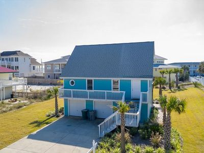 Photo for Beautiful Beach Home 1,500sqft 3/2, one block away from the sand, sleeps 10