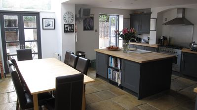 Photo for Superbly located, Spacious, Fabulous Family house in Chiswick 20% OFF