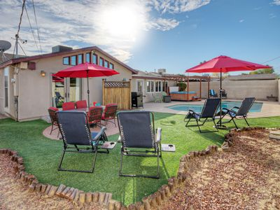 Photo for 3 BR, 2 BA Single Story Home w/Spa & Unheated Pool; 5 min Commute to Papago Park