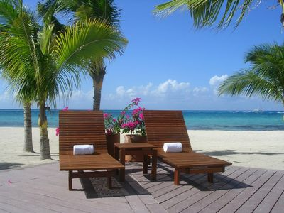 Photo for Beachfront-First Floor-perfect getaway.