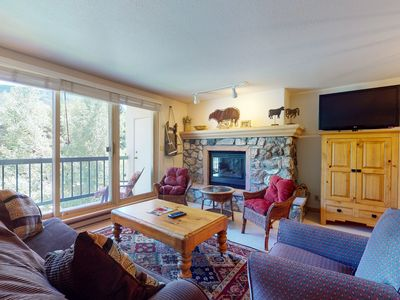 Photo for Family friendly ski-in/ski-out condo w/ shared pool and hot tub