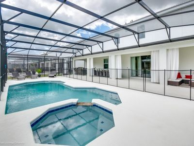 Photo for 15BR Villa Vacation Rental in Kissimmee, Florida