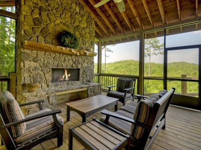 Photo for Mountain View Cabin Located Just Minutes from Mercier Apple Orchards and Downtown Blue Ridge
