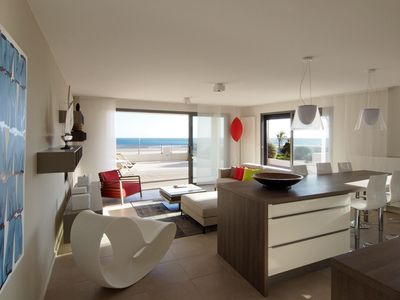 Photo for T4 luxury apartment with stunning sea views terrace