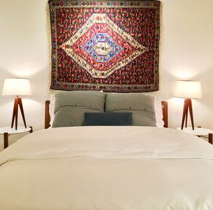Pillowed beds with organic cotton linens