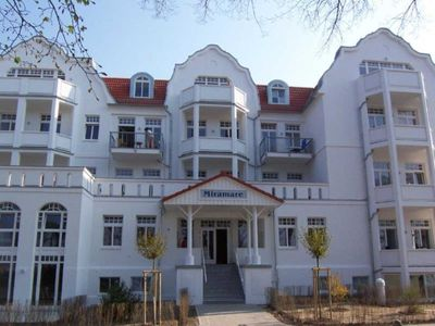 """Photo for (181) 3 room apartment Ostseeallee lake view - Appartmenthaus """"Miramare"""""""