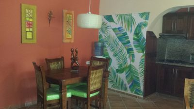 Great Location, Short walk to the Beach-Condo with Internet -