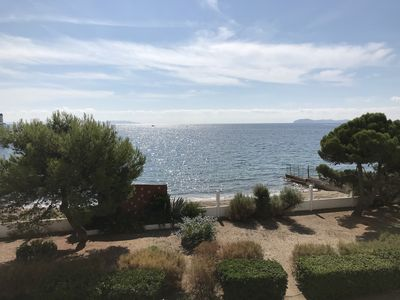 Photo for T3 45m2, 6 people, Sea view 180 ° direct access private beach
