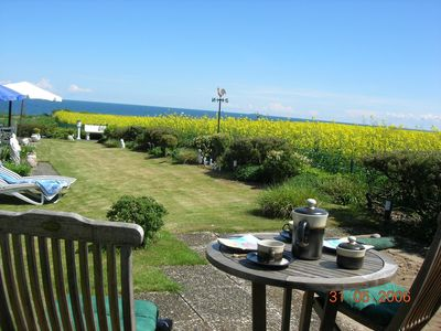 Photo for Well-maintained accommodation with sea views located on the Baltic Sea (about 50m)