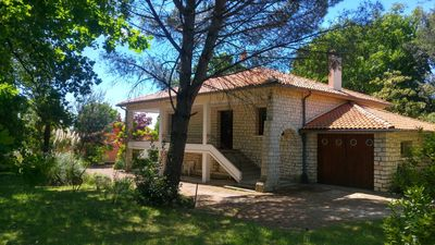 Photo for Villa 10 people Royan 8 minutes from the beaches, calm and greenery