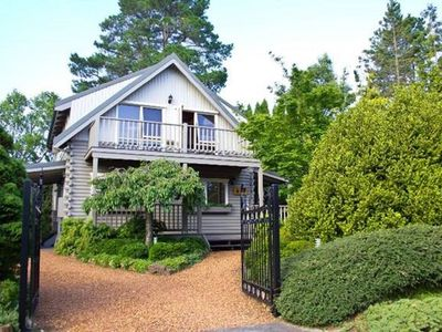 Photo for Cherry Cottage - Luxury Accommodation in Leura