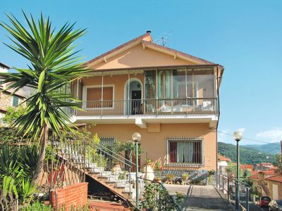 Photo for Apartment Casa Le Giare (DOL238) in Dolcedo - 5 persons, 2 bedrooms