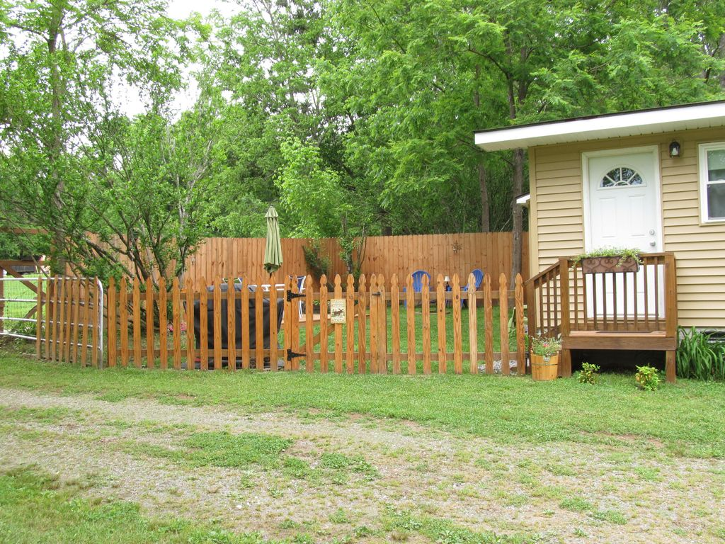 beautiful cottage 12 miles to downtown ashe vrbo
