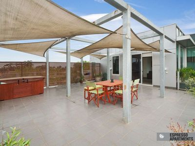 Photo for 3BR Apartment Vacation Rental in St Kilda, VIC