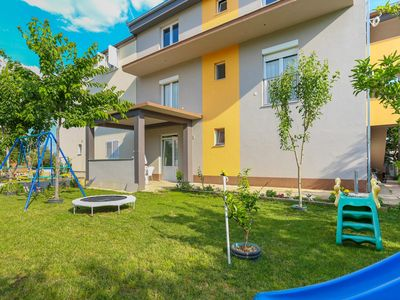 Photo for Apartments Jelena, (15822), Kaštel Štafilić, Croatia