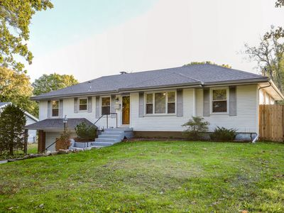 Photo for Beautiful South Kansas City Home-  Be Anywhere in No Time!