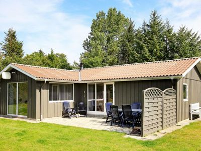 Photo for Vacation home Hvalpsund in Farsø - 8 persons, 4 bedrooms