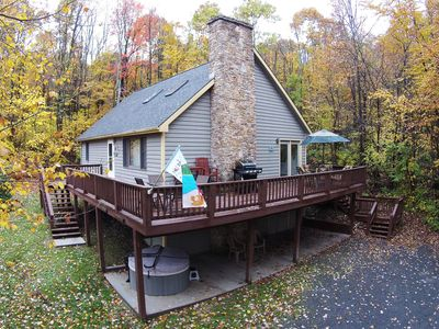 Adorable Chalet in peaceful setting with multiple game tables!