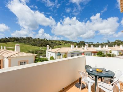 Photo for 2-bedroom townhouse with golf views