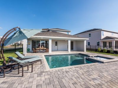 """Photo for """"Picture This... Villa Holiday to Kissimmee With all Your Family Together"""", Orlando Villa 1627"""