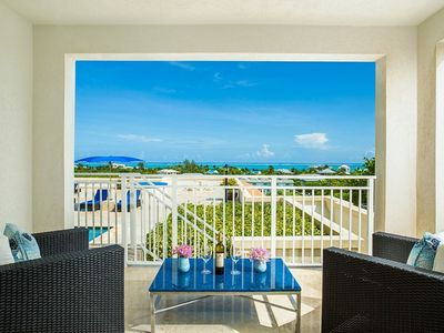 Photo for LUXE, LARGE ONE BEDROOM- DESIGNER'S PERSONAL OCEAN VIEW RETREAT, La Vista Azul