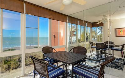 Photo for Beach View with Boat Docks, Lovely Condo, Free Boat Docks & WiFi