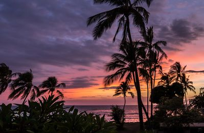 magnificent sunsets from Hale Lanui