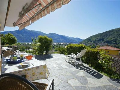 Photo for 2-room apartment with large sun terrace and wonderful view of the lake