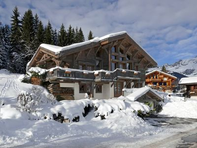 Photo for Large family chalet facing Mont Blanc