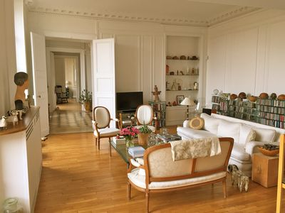 Photo for Exceptional apartment overlooking Place des Vosges