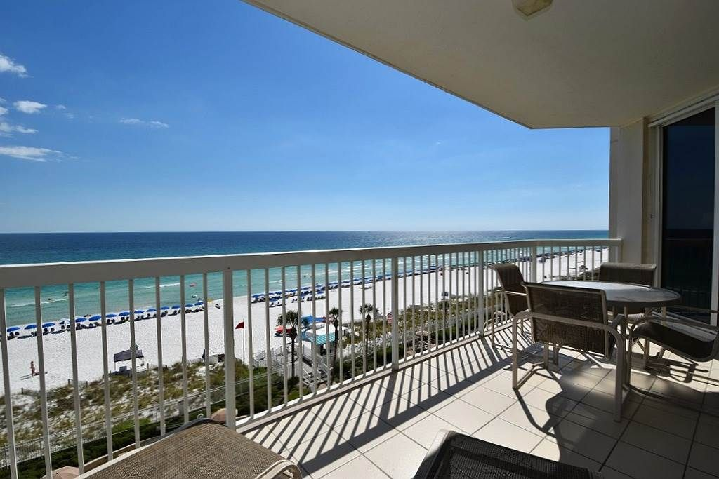 Beachfront Condo With Views From Both Bedrooms Includes
