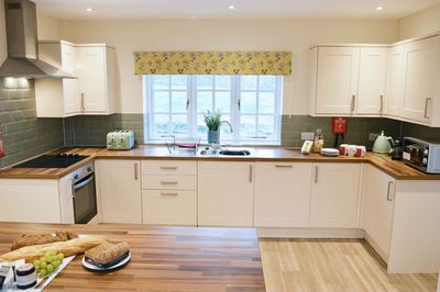 Meadow View - well-equipped kitchen to rear garden
