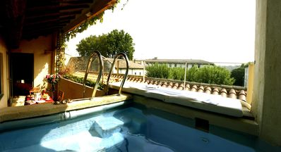 Photo for Appart Avignon center Jacuzzi / Terrace / 3 bedrooms / 2 bathrooms