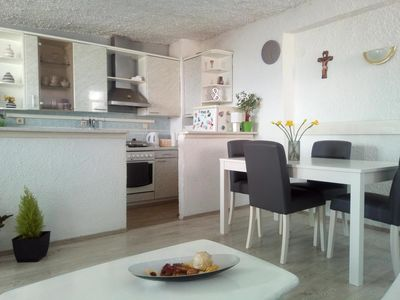 Photo for Three bedroom apartment with terrace and sea view Brist (Makarska) (A-11039-a)