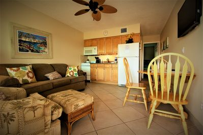 Wide open and spacious living, dining and kitchen area enabling everyone to enjoy time together