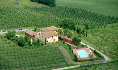 Photo for Farmhouse in Chianti near Florence with 1 and 2 bedroom flats and pool