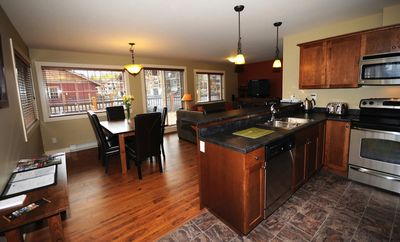 This spacious condo boasts hardwood floors and a modern kitchen.