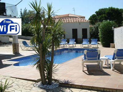 Photo for Tranquil private villa: HEATED POOL, WIFI, CARPORT, GOLF, LOUNGE AIR CON.