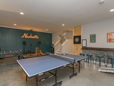 Photo for New 4BD/3BA-Stage, Gym, HotTub, Game Room, 9 Beds!